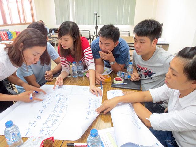 Kỹ năng giao tiếp & bán hàng chuyên nghiệp – Thuy Lam (19 & 20.09.2015)